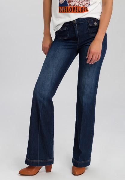Jeans mit Pattentaschen