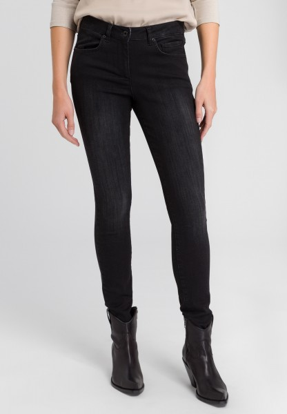 Jeans im Black-Denim