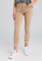 Jeans mit gefranstem Saum