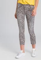 Jeans im Leoparden-Dessin