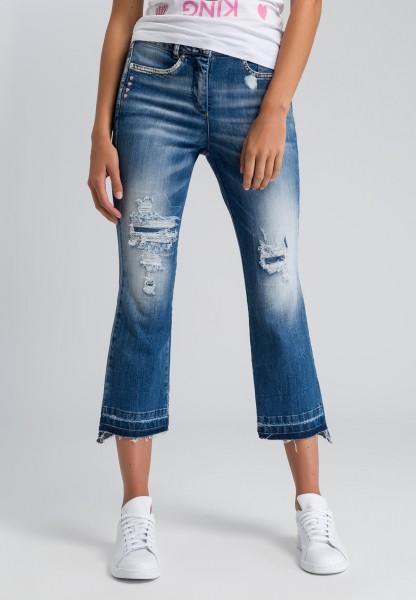 Verkürzte Flared Jeans im Destroyed-Look