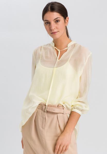 Bluse mit Stehkragen
