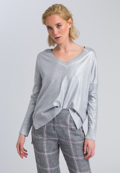 V-Pullover mit High-Low-Saum