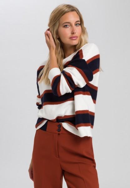 Pullover mit Blockringeln