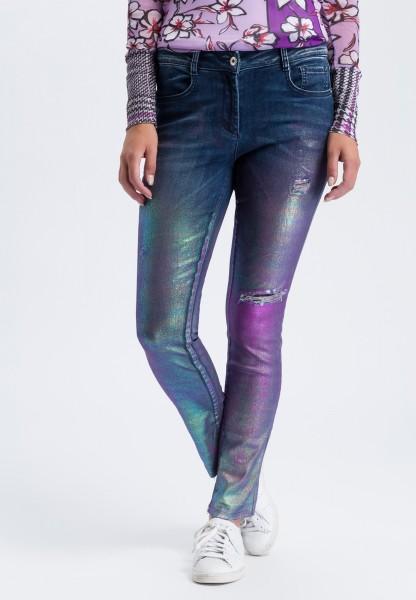 Jeans in Metallic-Optik