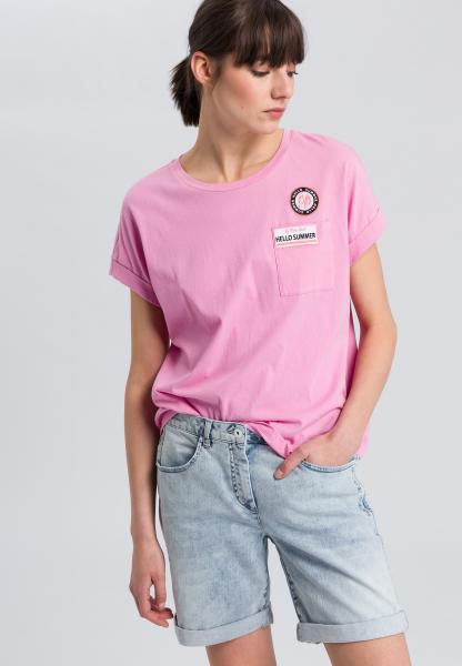 T-Shirt mit gesticktem Badge