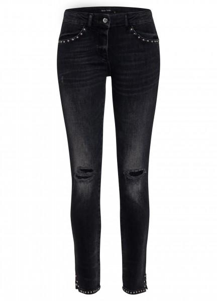 Jeans mit Nietendekor