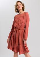 Kleid mit Kräuseleffekt