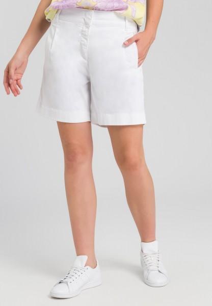 Shorts im Safari-Look