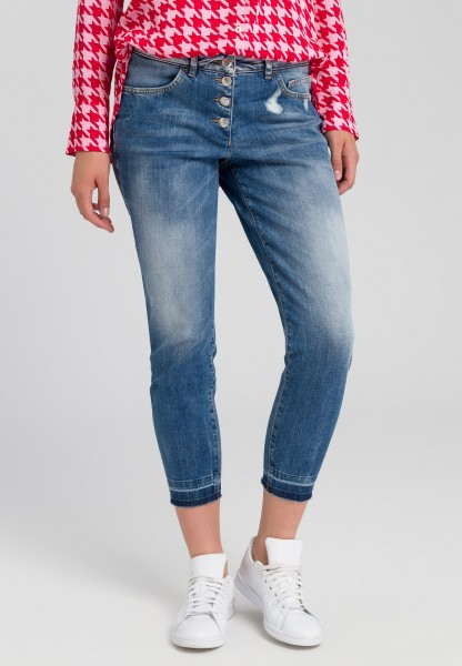 Jeans mit Knopfleiste