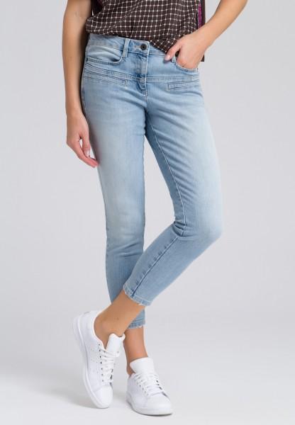 Jeans mit Paspeltaschen