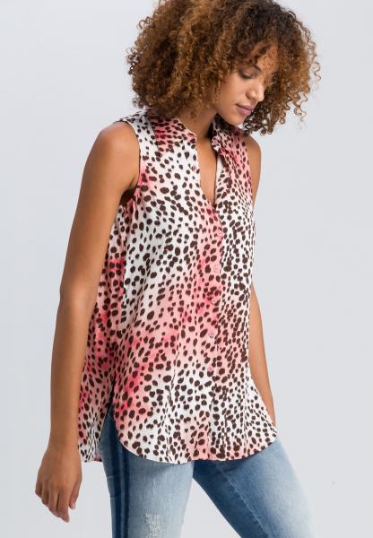 Hemdbluse im Leopardenlook