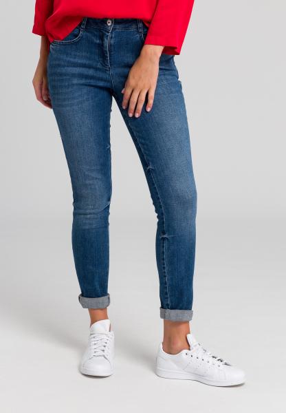 Five-Pocket Hose aus elastischem Denim
