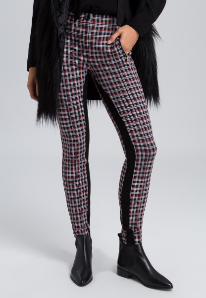4f334c5ef6b Trousers with a check pattern